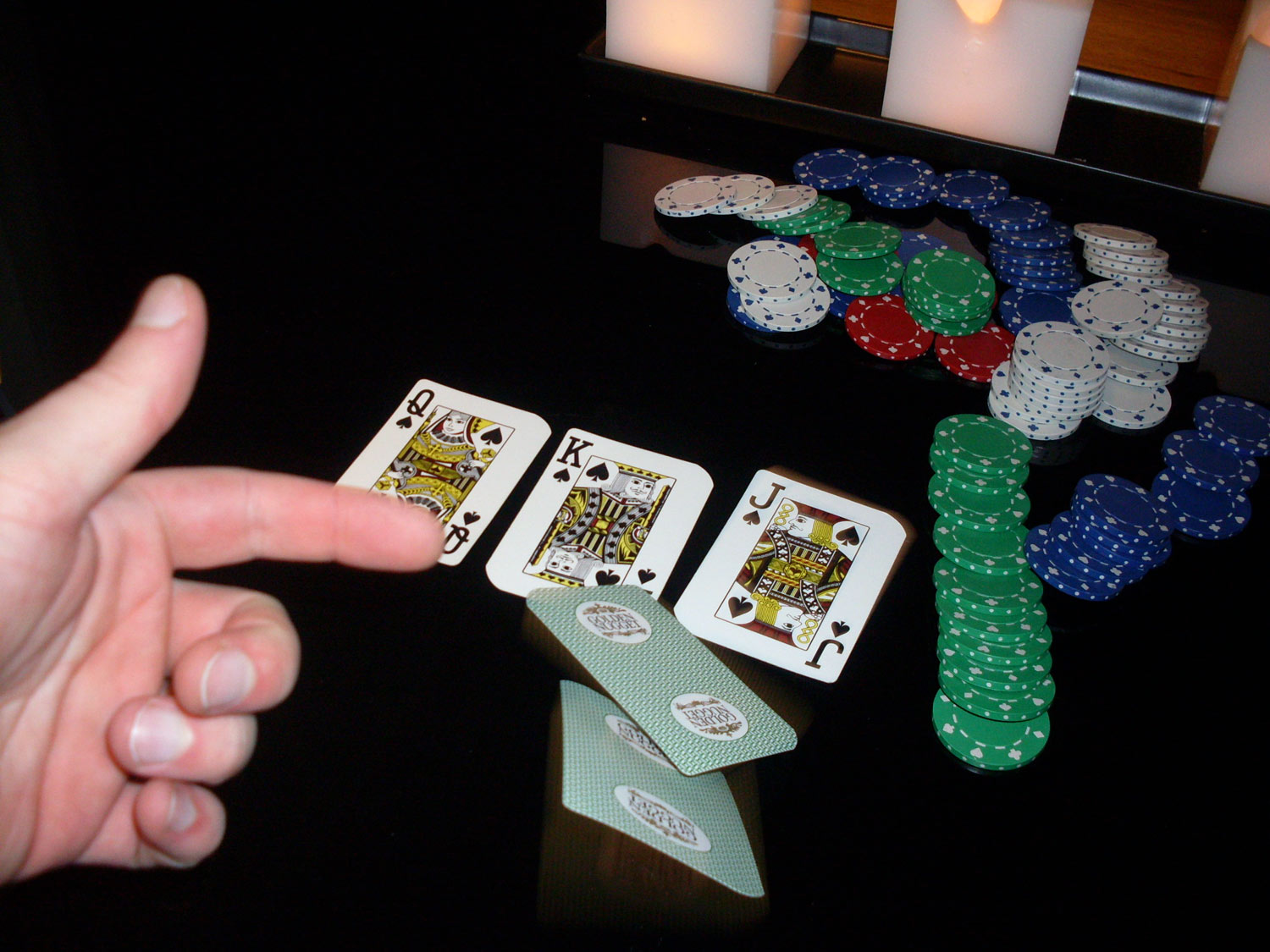 how do you fold in poker